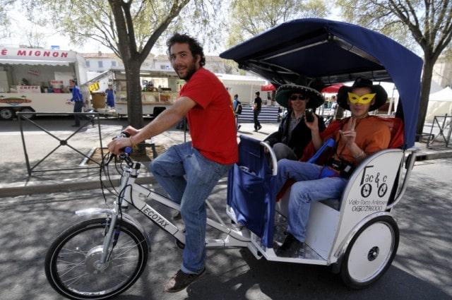 Transport de festaïres, Paques 2010