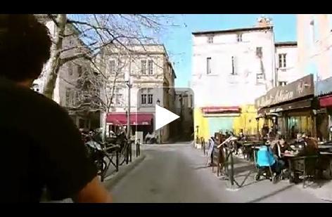 Visiter Arles en vidéo et en vélo