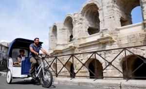 Féria de Pâques 2013 à Arles:Taco and Co propose des navettes Parking / Arênes