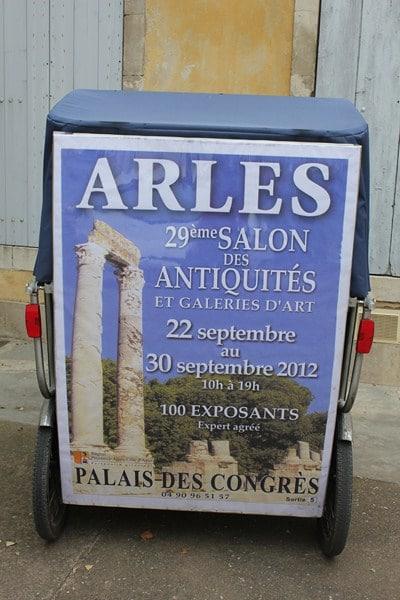 Salon des antiquités à Arles