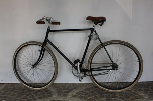 Vélos à louer en gare d'Arles