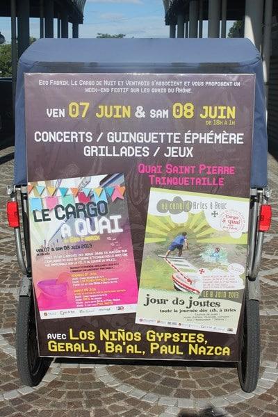 Cargo à quai by ecofabrik et jour de joutes à Arles