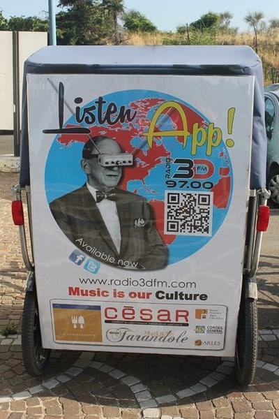 Téléchargez l'application de votre radio 3DFM: La radio de l'été!