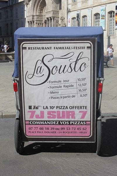 La Sousto, restaurant familial et festif, place Paul Doumer à Arles