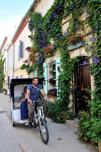 Découvrez le fameux quartier de la Roquette en vélo taco