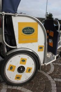 Provence Prestige 2013: Navettes gratuites en vélo taco et en calèches entre le salon et le centre ville d'Arles