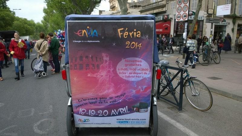 Campagne de communication Envia sur le marché d'Arles