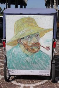 Autoportrait à la pipe et au chapeau de paille de Van Gogh, à découvrir à la Fondation Vincent Van Gogh d'Arles