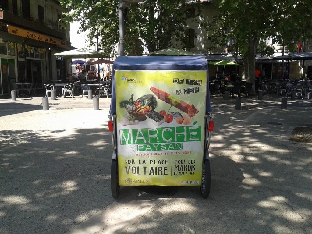 Marché paysan à Arles