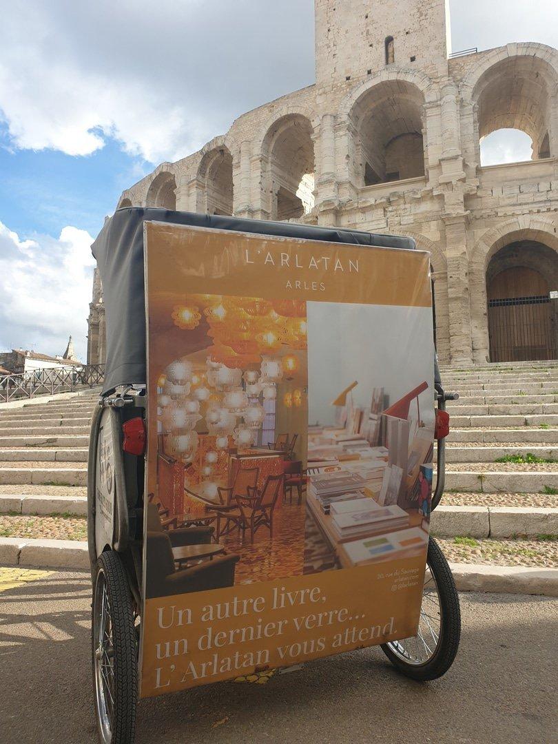 L'hôtel Arlaten à Arles : Dormir, manger, flâner dans un décor de Jorge Pardo